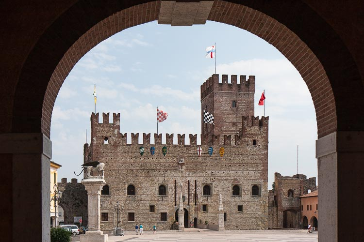 maracostica castle