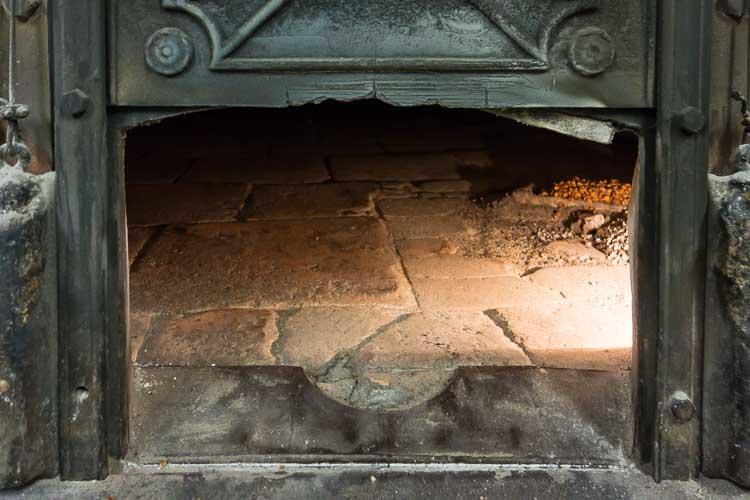 renella oven picture
