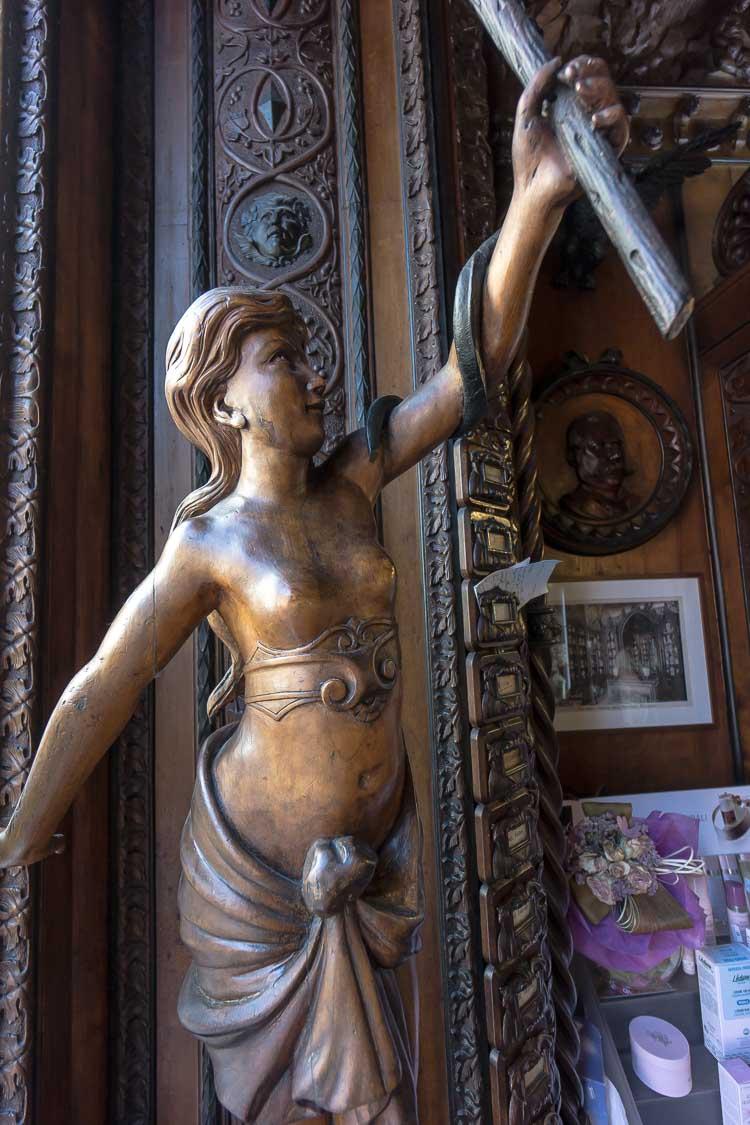 antica farmacia mazzolini giuseppucci