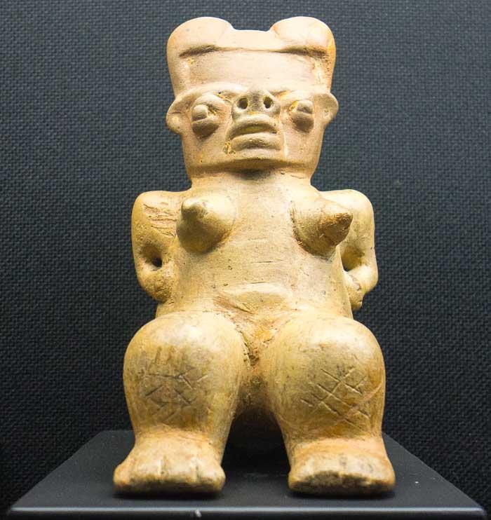 ceramic figurine picture